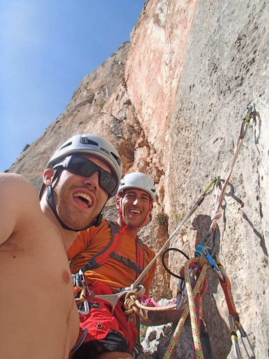 Duncan getting me 'psyched for the crux pitch on 'Carrillo Vera 6b+'