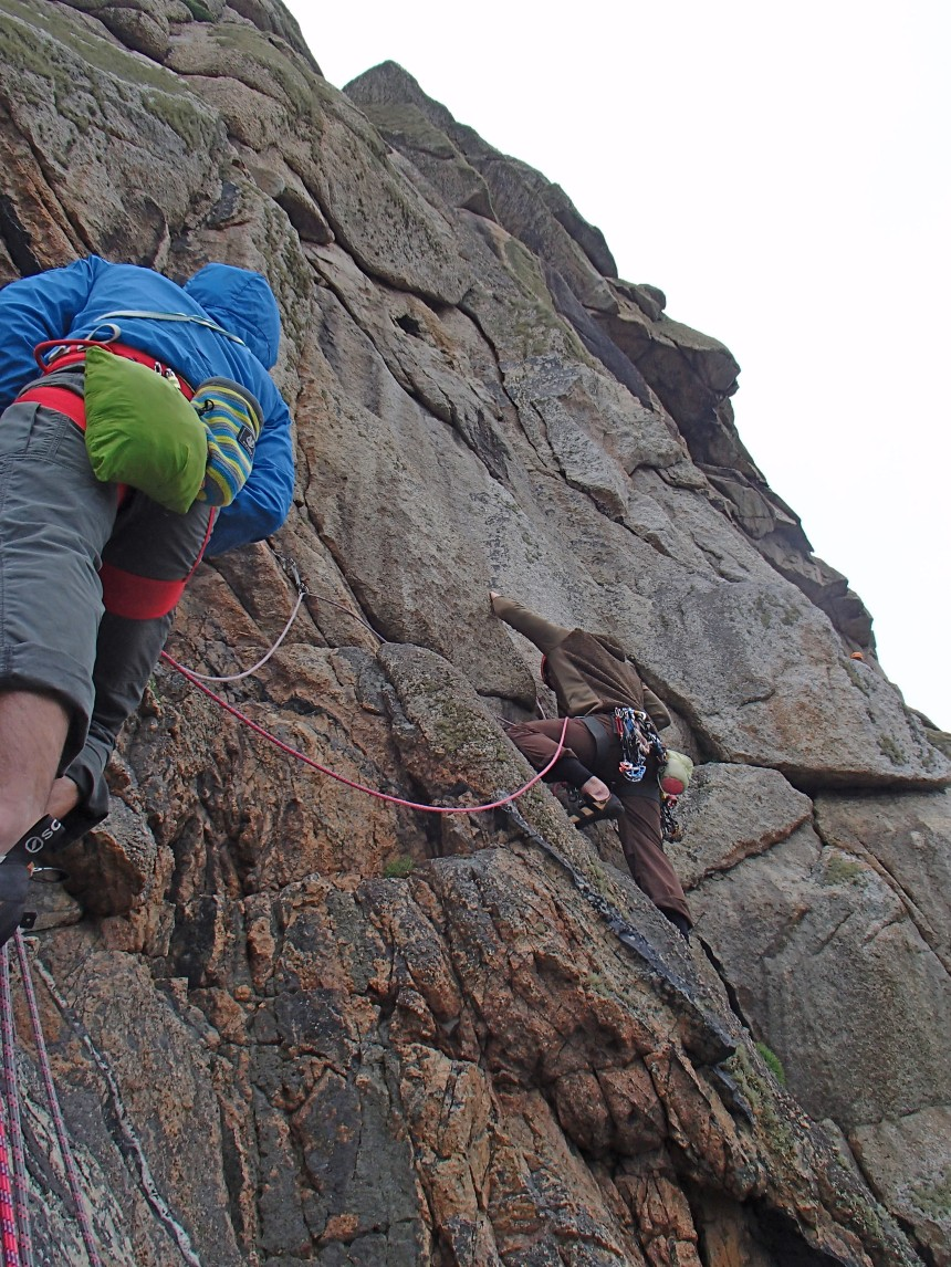 Joe on the steep groove of Paragon HVS,5a