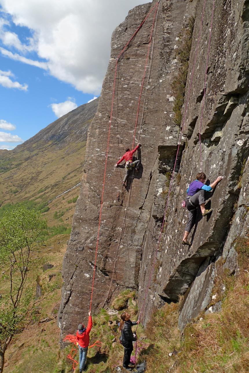 Sociable climbing