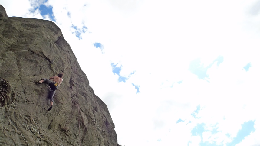 Joe on the upper section of Finger Tip Finale E4,6a