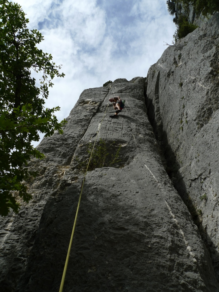 Running out of 'guns' on La Terreur an Estafilade (6c+)