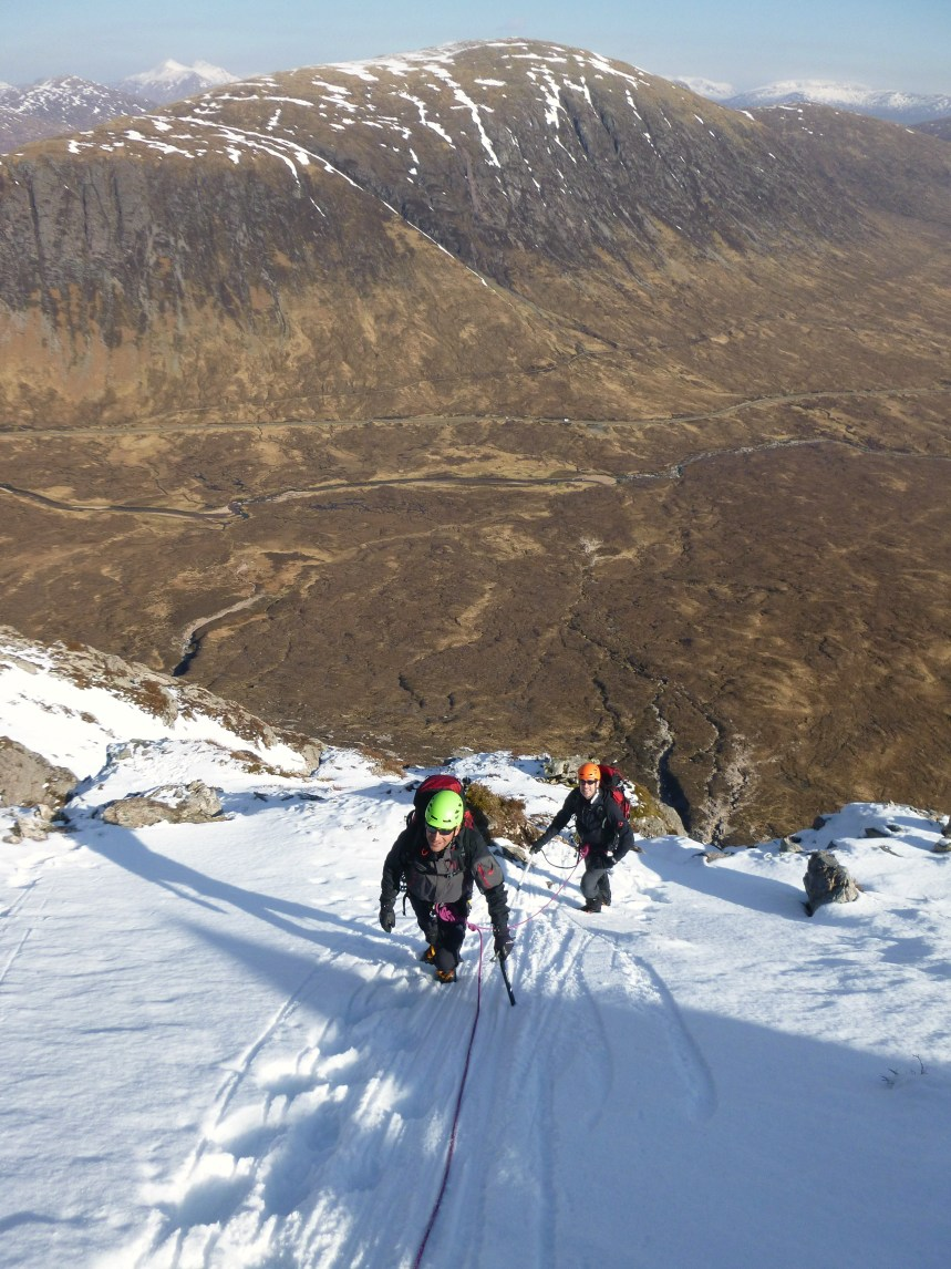 The guys enjoying the easy snow slopes on Curved Ridge.....