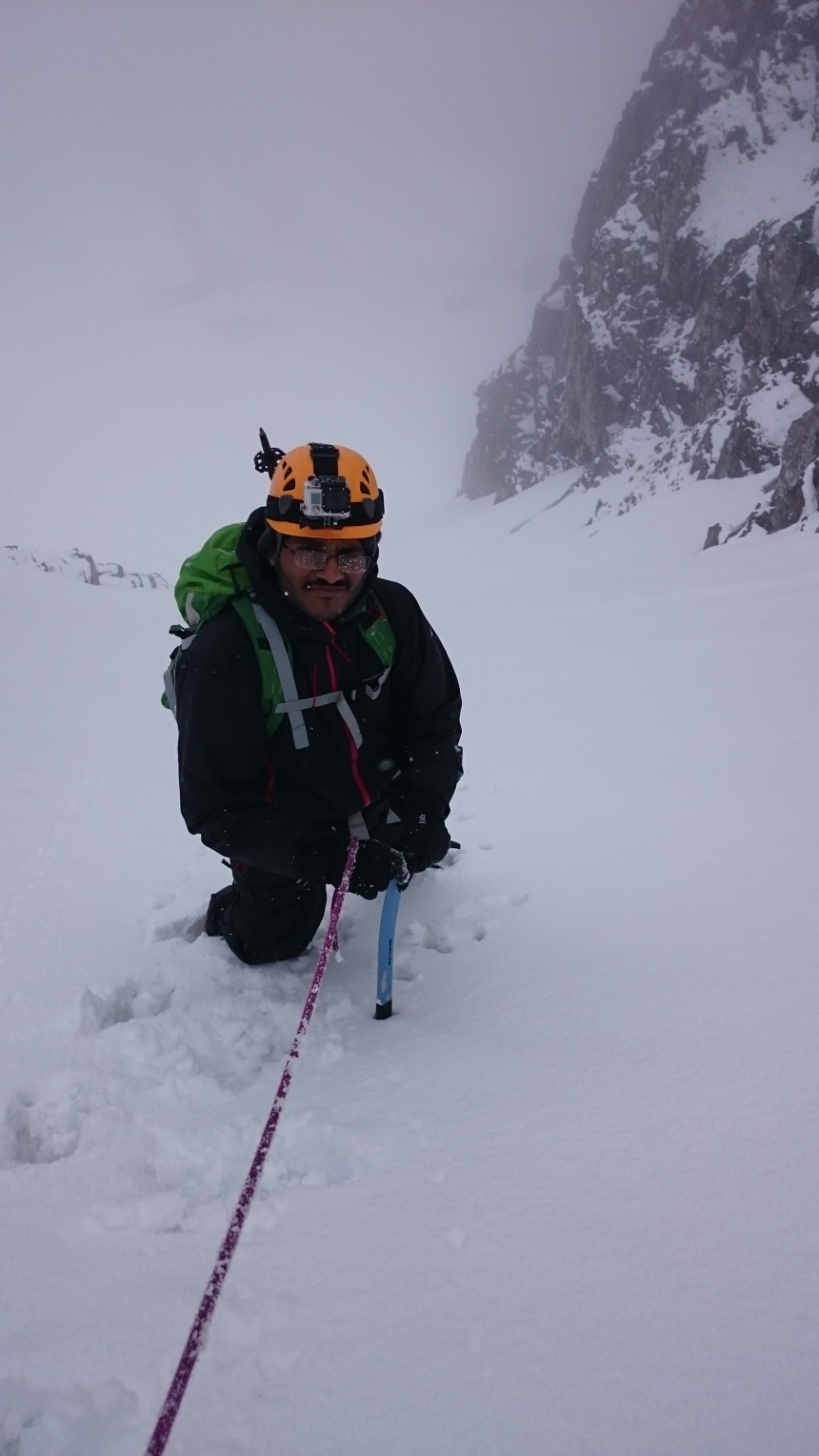 Approaching the top of Broad Gully, bit weird for end of April?