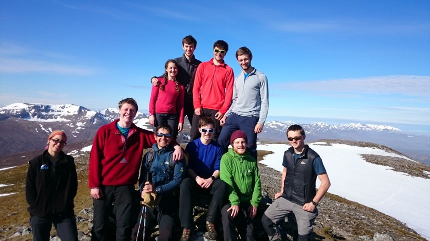 Geal Charn team shot