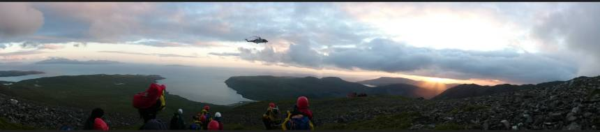 Coastguard R951 picking up the casualty