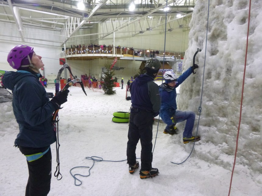 Kev Shields teaching at Snow Factor, Glasgow